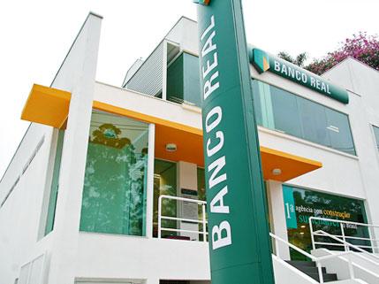 fachada agência sustentável | imagem: banco real